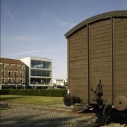 Le site de l'ancien camp de Drancy, l'exposition permanente du Mémorial et les graffitis